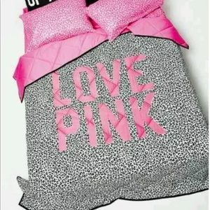 ⚜️VS PINK just comforter (full/queen)